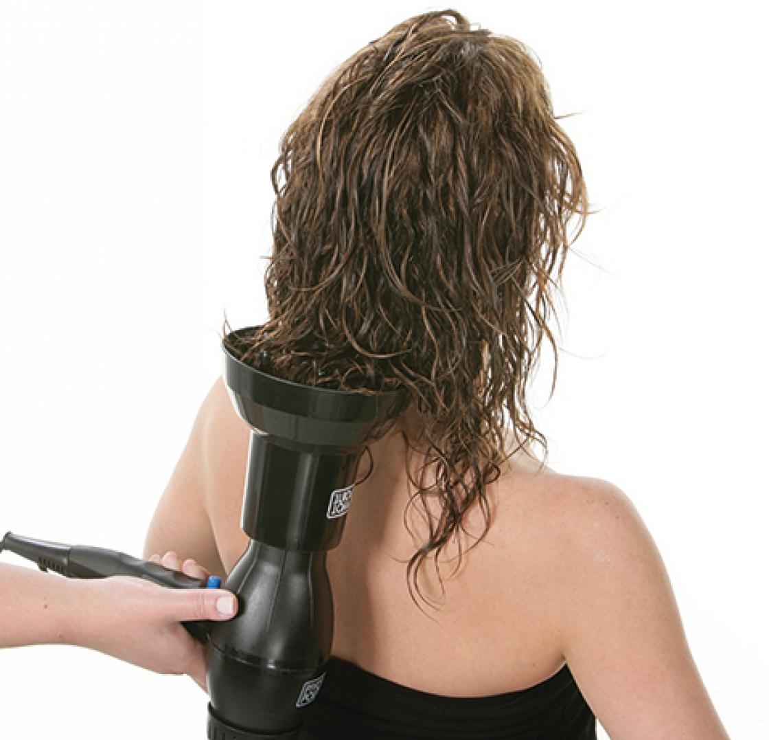 Waarom kiezen voor de opleiding brushen en föhntechnieken?